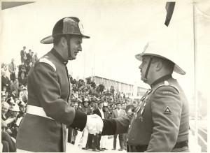03 - Enrique Guerra recibe saludo de Superintendente
